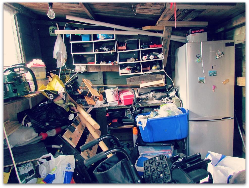 Marre du désordre ? Faites appel à une entreprise et stocker vos affaires dans un entrepôt sécurisé !